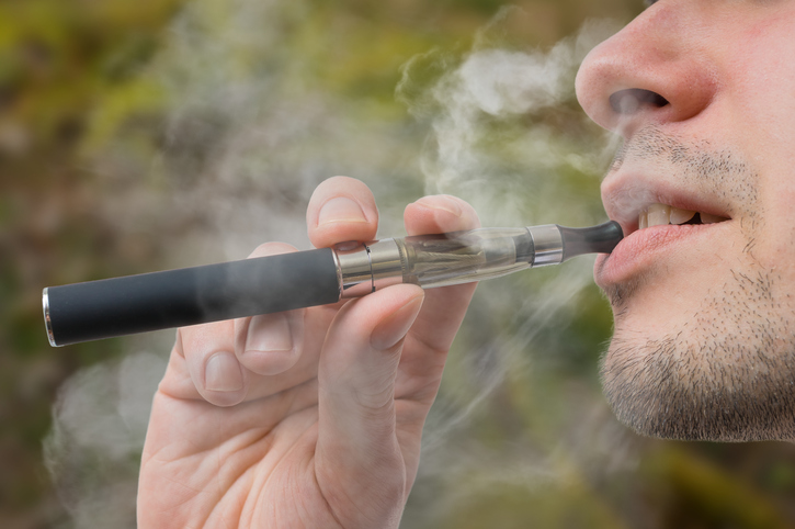 How vaping affects teeth