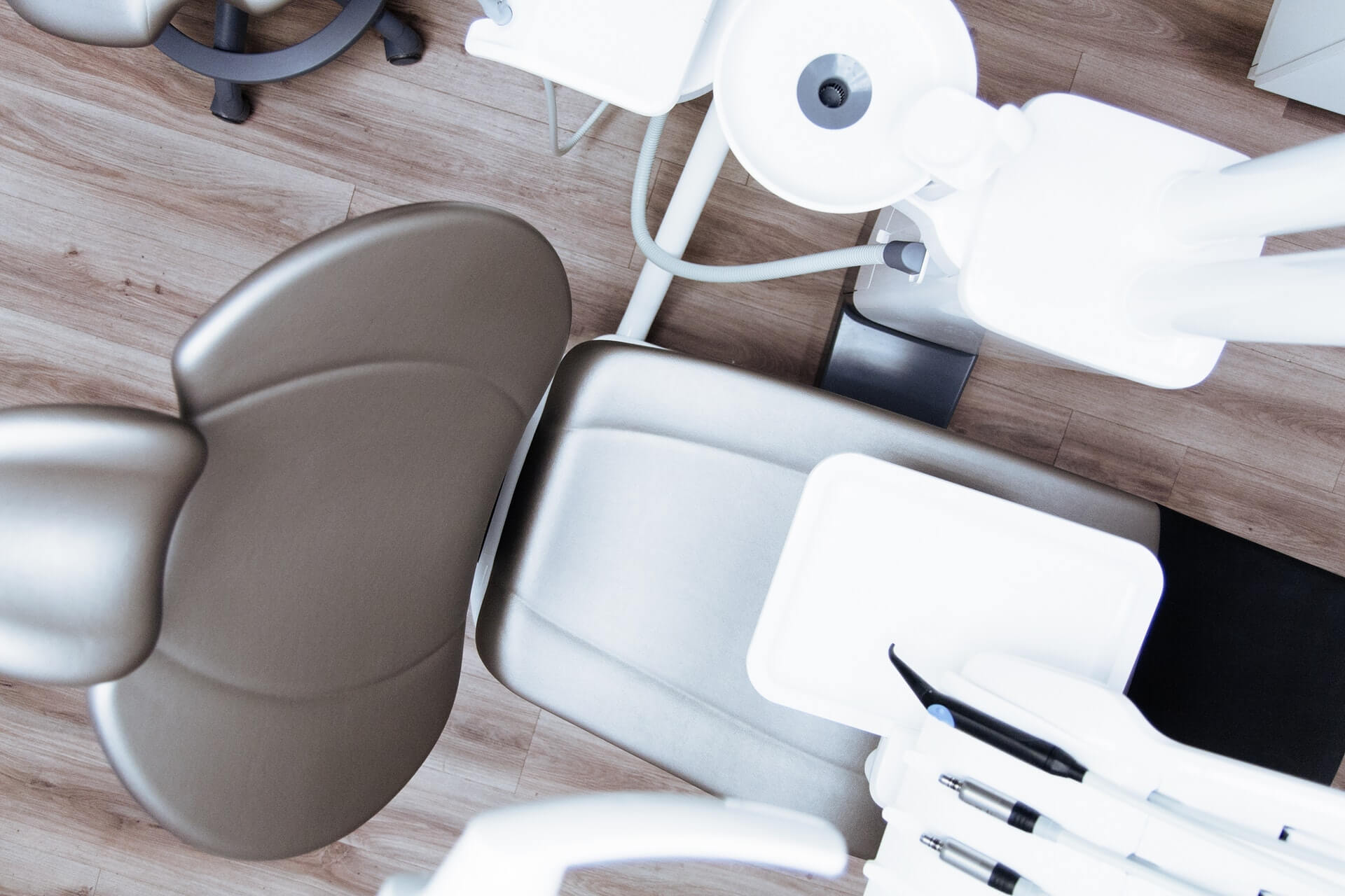 chair for dental implants
