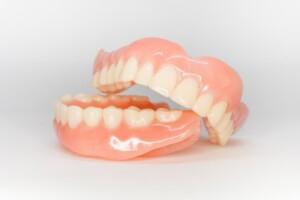 Caring-for-dentures-Ingenious-Dentistry-Houston-TX